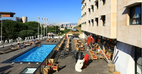 Restaurant in marseilles old port with parking terrace victor caf - New hotel vieux port marseille booking com ...